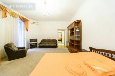 apartment 1373