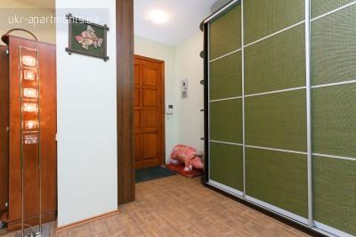 apartment 2700