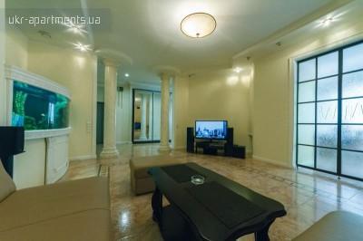 apartment 3332