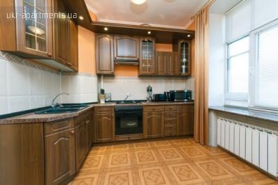 apartment 3374