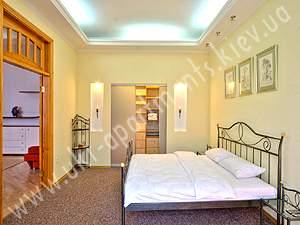 apartment 3758