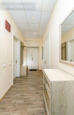 apartment 3893