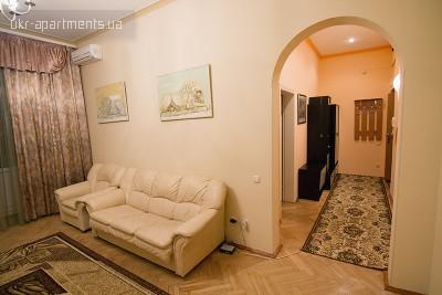 apartment 3895