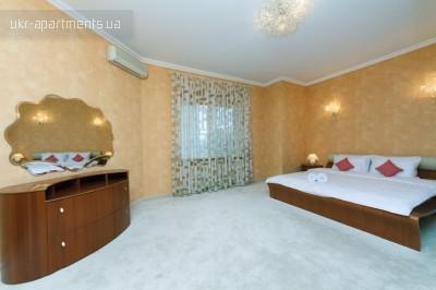 apartment 4444