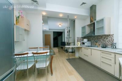 apartment 4778